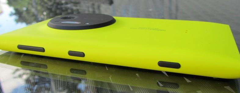 http://mobilewave.ro/data/material/news/427/microsoft-te-plateste-pentru-a-scapa-de-iphone-sau-de-samsung.jpg